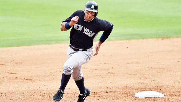 Why the Yankees could finish last in the AL East - Image
