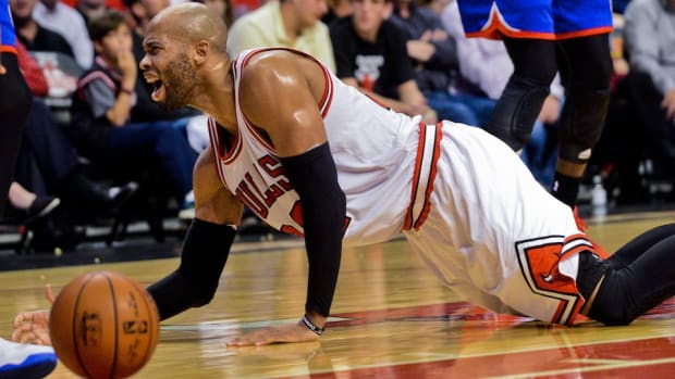 chicago-bulls-taj-gibson-ankle-surgery.jpg