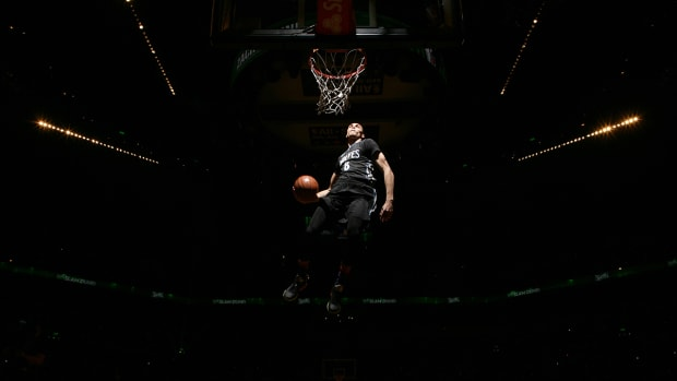 Timberwolves' Zach LaVine wins 2015 NBA Slam Dunk Contest - image