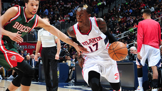 hawks Dennis Schroder sprained toe