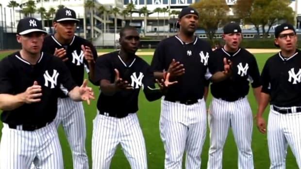 Yankees recreate famous 'Sandlot' Babe Ruth scene IMAGE