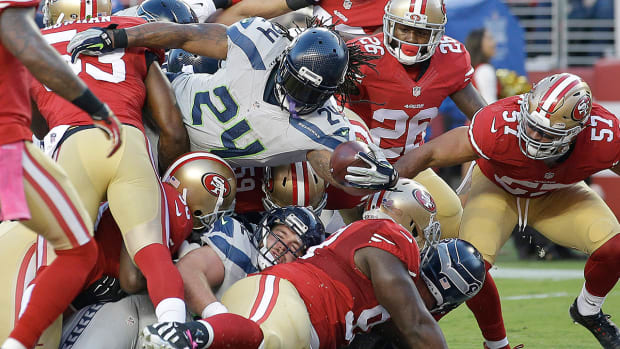 Seahawks, Lynch overpower 49ers on Thursday Night Football -- IMAGE