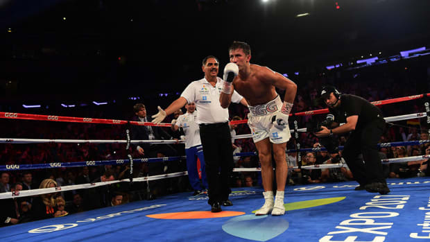 gennady-golovkin-triple-g-abel-sanchez-trainer-of-the-year-2015-960.jpg