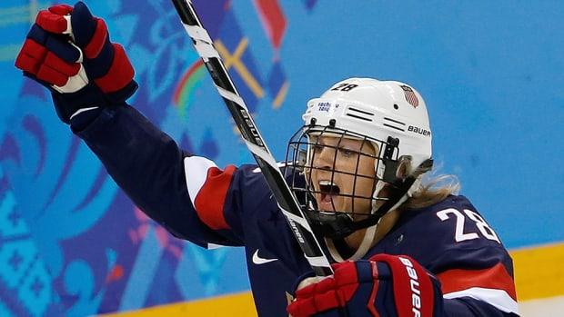 amanda-kessel-minnesota-hockey-usa-olympics-retire-concussions.jpg