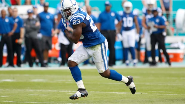 frank-gore-colts-dolphins-touchdown-video.jpg