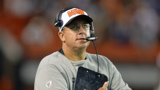 Cleveland Browns, offensive line coach Andy Moeller part ways -- IMAGE