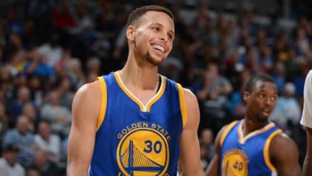 Golden State Warriors match NBA's best start at 15-0 - IMAGE
