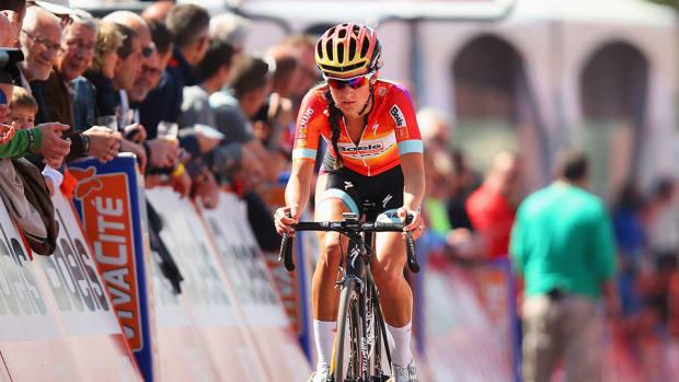 lizzie-armitstead-crash-finish-line-hospitalized.jpg