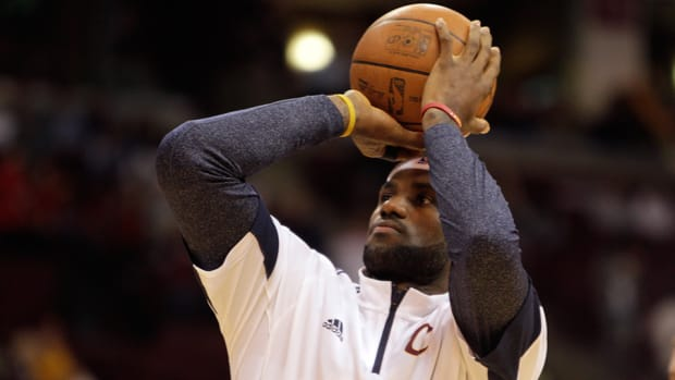LeBron James Cleveland Cavaliers return opener