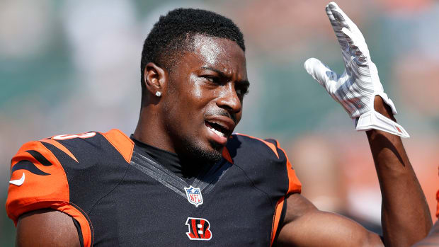 aj green out with toe injury