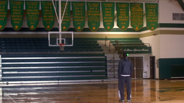 LeBron James gives behind the scenes look at new Beats by Dre commercial