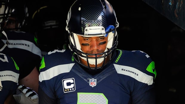 Russell Wilson steps up with bullying admission