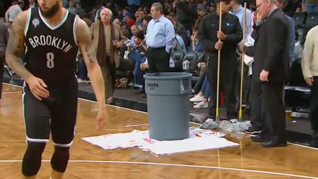 Heat-Nets game delayed by leaky roof at Barclays Center IMAGE