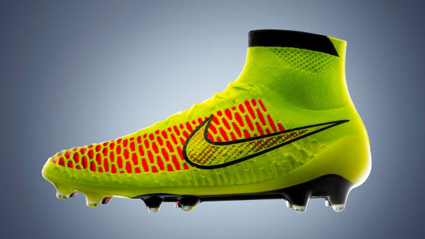 nike_magista_volt_hyperpunch_5_original-copy.jpg