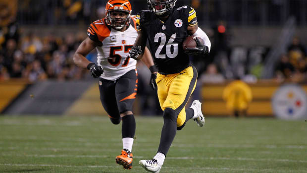 Le'Veon Bell Pittsburgh Steelers hyper-extended knee injury