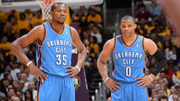 Life Comes Next Moment: Kevin Durant, Russell Westbrook return to practice