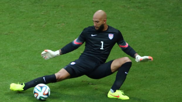 Tim Howard named U.S. Soccer Male Athlete of the Year IMAGE