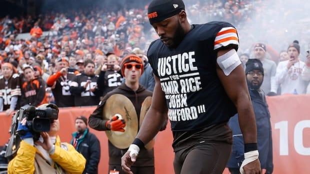 andrew hawkins shirt justice for tamir rice john crawford