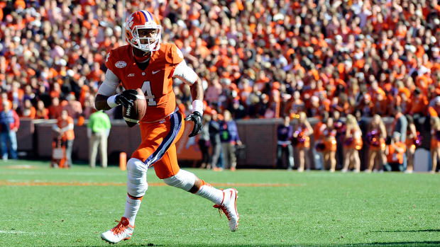 Report: Clemson's Deshaun Watson beat South Carolina playing with a torn ACL - image