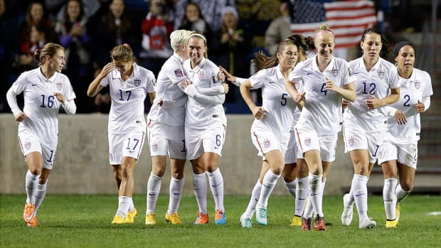 USA womens soccer defeats Guatemala