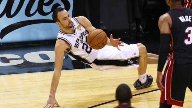 Manu Ginobili won't play in FIBA after all