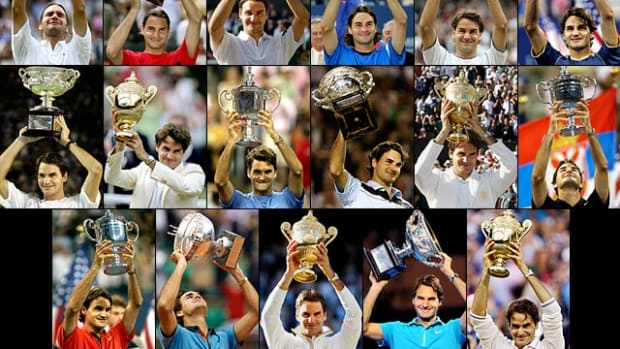 roger-federer-17-grand-slam-trophies.jpg