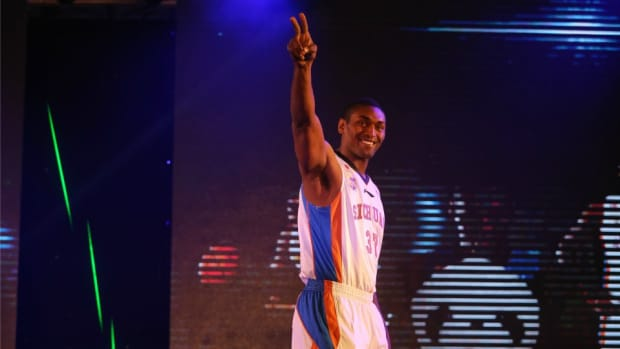 Metta World Peace tweets out tips for healthy Thanksgiving