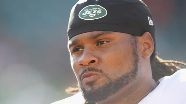 Indianapolis Colts sign return specialist Josh Cribbs