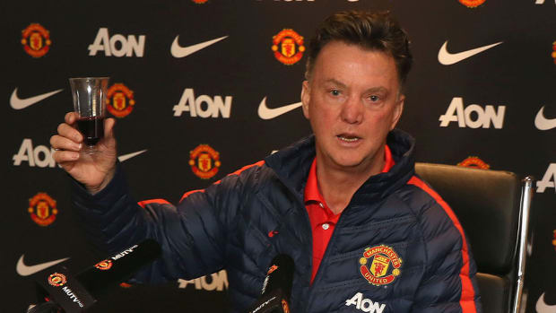 man united louis val gaal toasts media christmas