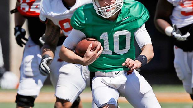 oklahoma-state-spring-football-practice-orange-blitz.jpg
