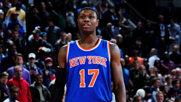 cleanthony-early-knee-surgery
