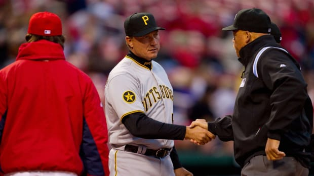 Pirates bench coach Jeff Banister