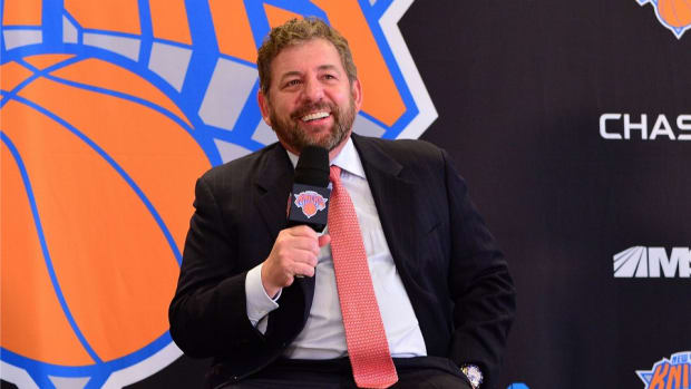 New York Knicks Owner James Dolan and his band played morning tv