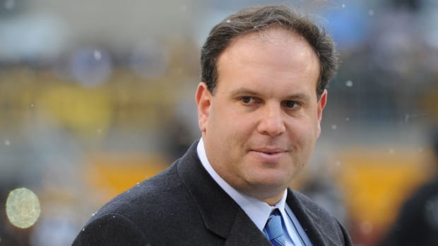 Jets GM Mike Tannenbaum hired Dolphins consultant
