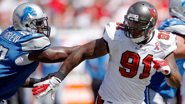 Bucs' Da'Quan Bowers suspended two games for violation of NFL PED policy IMAGE