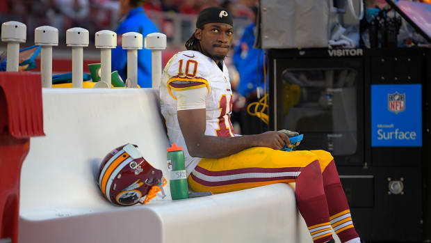 Report: Redskins plan to start Colt McCoy over Robert Griffin III  IMAGE