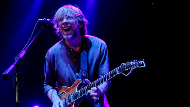 Phish honor Giants with 'We are the Champions' at San Francisco concert