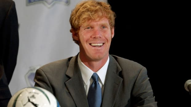 Alexi Lalas joins Fox Sports