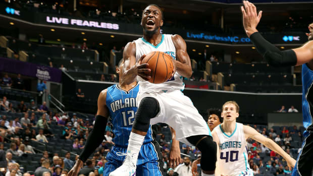 Kemba Walker signs four-year extension with Hornets IMAGE