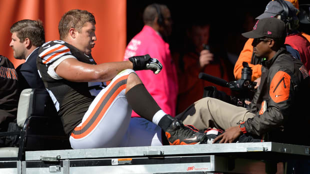 Can the Browns overcome injury of Alex Mack?