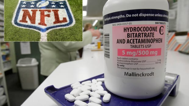 nfl-painkillers.jpg