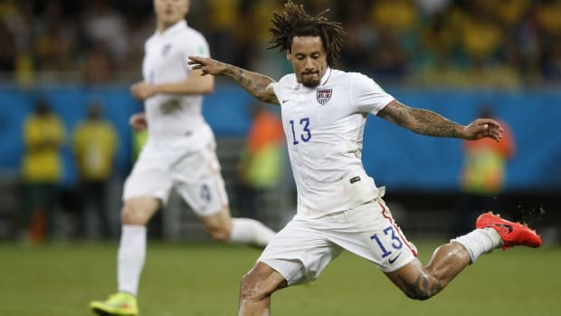 Jermaine Jones and Alexi Lalas fight on Twitter