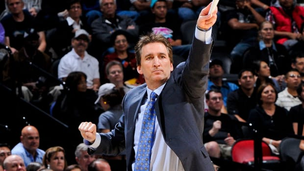 Kings contact Vinny Del Negro about head coaching job IMAGE
