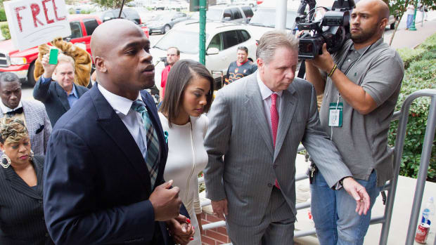 Will sponsors pressure the NFL to not reinstate Adrian Peterson? - Image