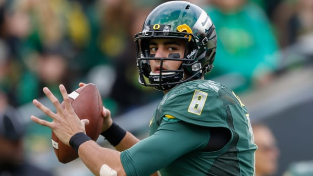 oregon ducks Marcus Mariota wins Heisman