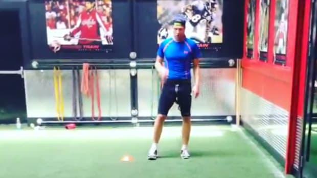 Semyon Varlamov workout