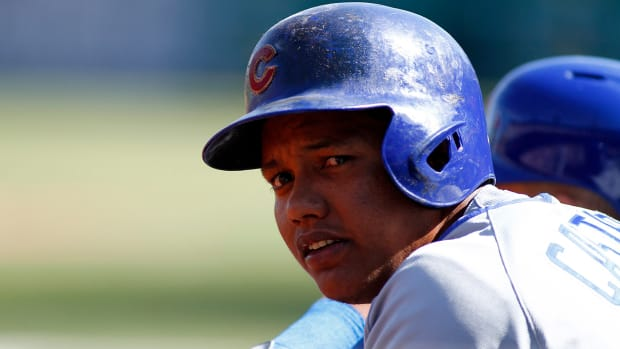 Report: Cubs' Starlin Castro not arrested in connection to nightclub shooting - image