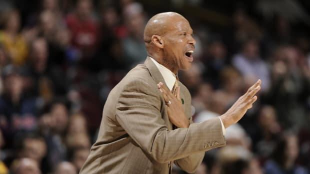 Lakers coach Byron Scott
