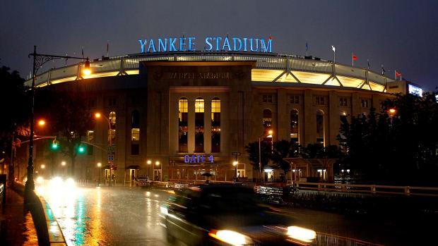 2157889318001_3806667486001_yankee-stadium-rain.jpg