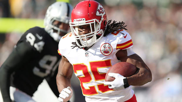 nfl-week-12-odds-oakland-raiders-kansas-city-chiefs-jamaal-charles
